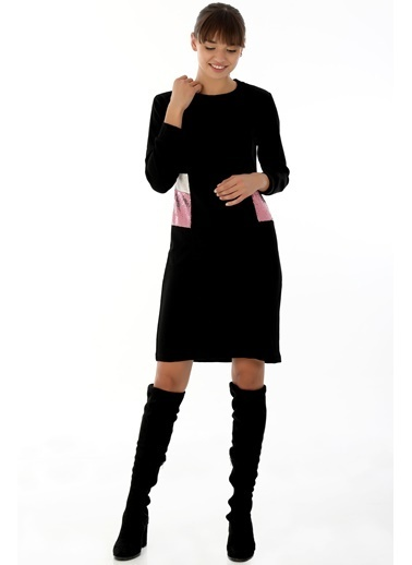 Emjey Yanları Pul Paletli Midi Boy Elbise Siyah